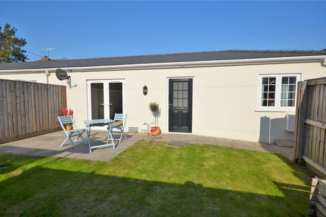 Thumbnail Bungalow to rent in Chapel Street, Tiverton, Devon