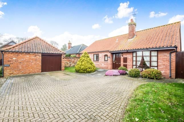 Thumbnail Bungalow for sale in Barnby, Beccles, Suffolk