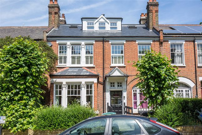 Thumbnail Flat for sale in Ridge Road, Crouch End, London