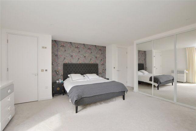 Master Bedroom of Bardsley Lane, London SE10