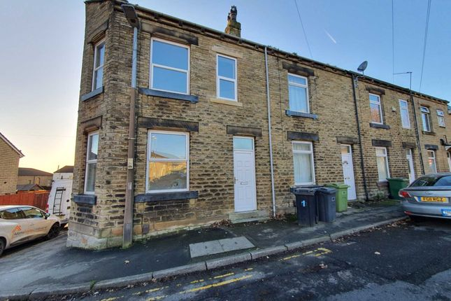 Thumbnail Terraced house for sale in Claremont, Heckmondwike