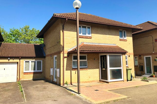 Thumbnail Detached house for sale in Farnham Court, Great Holm, Milton Keynes