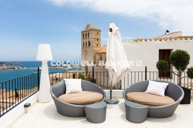 Thumbnail Villa for sale in Dalt Vila, Balearic Islands, Spain