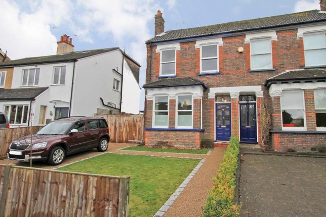 4 bed terraced house to rent in Hallowell Road, Northwood