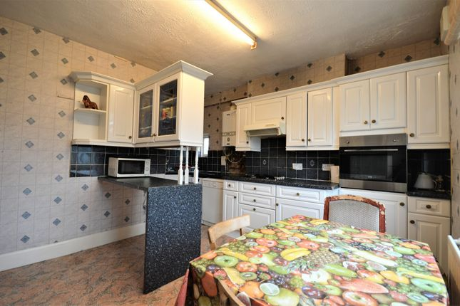 Thumbnail Maisonette for sale in The Woodlands, Hither Green