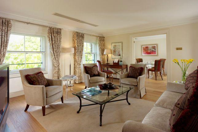 Thumbnail Flat to rent in Hyde Park Gate, Kensington