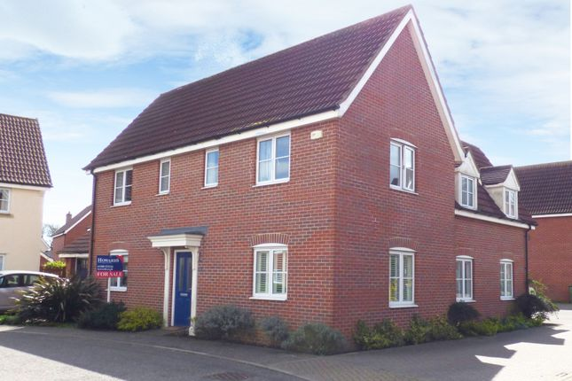 Thumbnail Detached house for sale in Upgate, Long Stratton