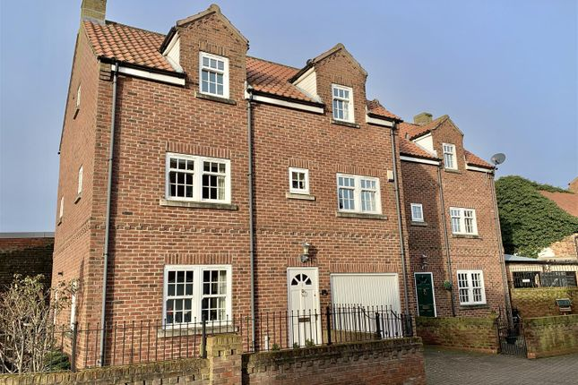 Thumbnail Town house for sale in Chapel Mews, Thirsk