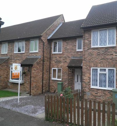Thumbnail Terraced house to rent in Sandown Court, Bletchley, Milton Keynes