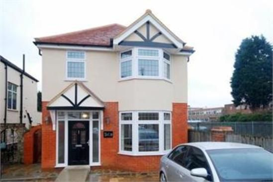 Thumbnail Property to rent in Wilmer Way, London