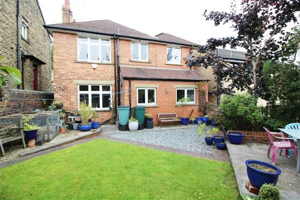 Thumbnail Detached house for sale in Booth Street, Cleckheaton, Cleckheaton