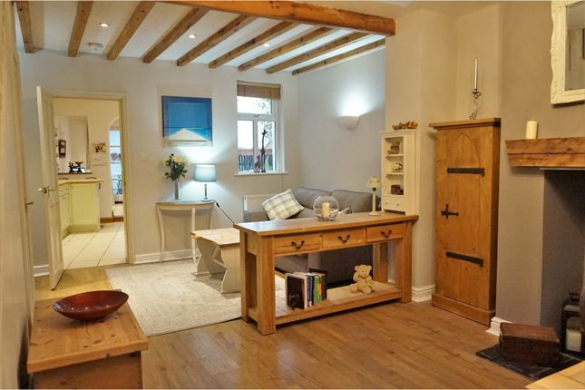 Thumbnail Cottage for sale in Chester Road, Kelsall