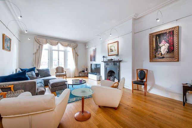 3 bed flat for sale in Hereford Road, London W2