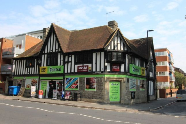 Thumbnail Flat to rent in Palmerston Road, Southampton