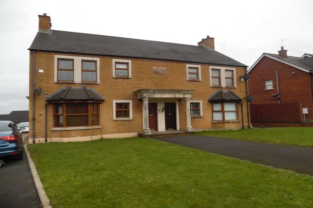 Thumbnail Flat to rent in Aylesbury Place, Newtownabbey