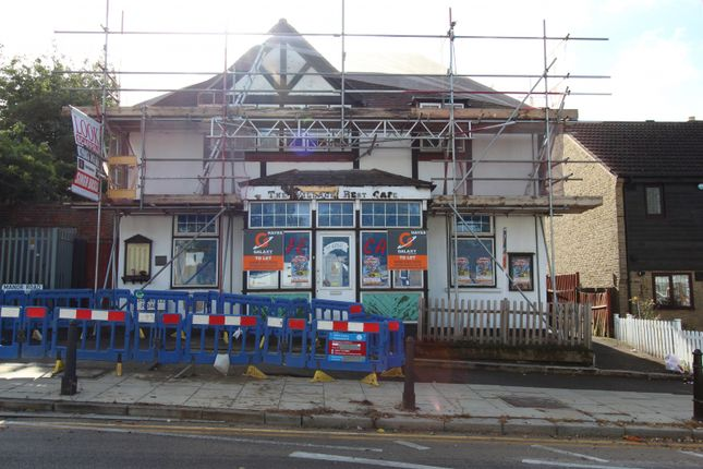 Thumbnail Restaurant/cafe to let in Ely Place, Woodford Green