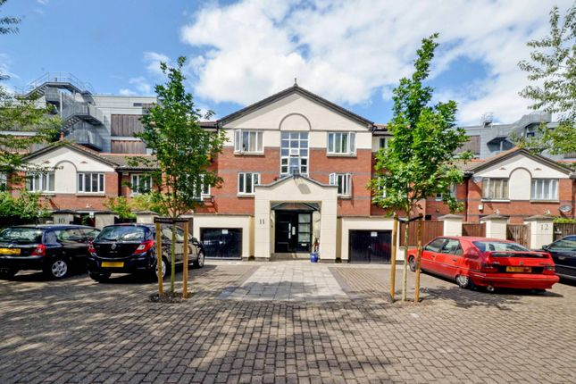 Thumbnail Flat to rent in Gloucester Square, Haggerston, London