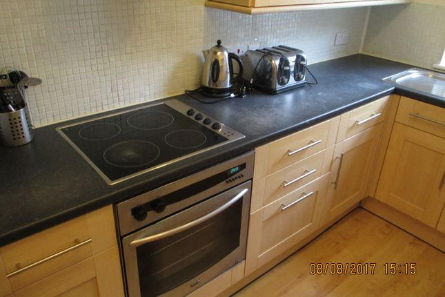 Thumbnail Flat to rent in Brandon Court, Lawrence Road, Southsea