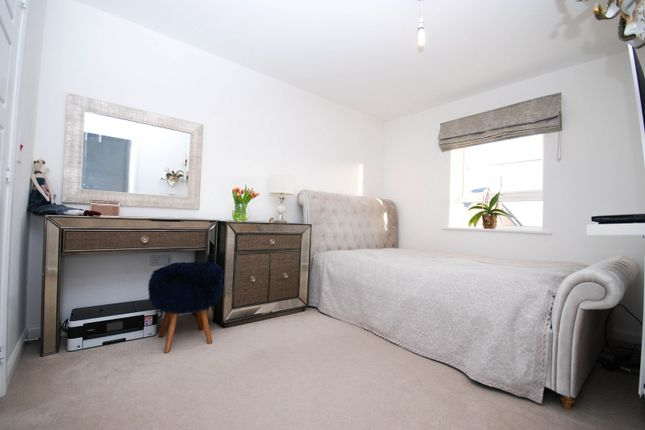 Bedroom of Firfield Road, Newcastle Upon Tyne NE5