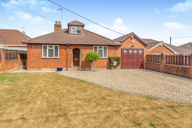 Thumbnail Bungalow for sale in Reading Road, Chineham, Basingstoke