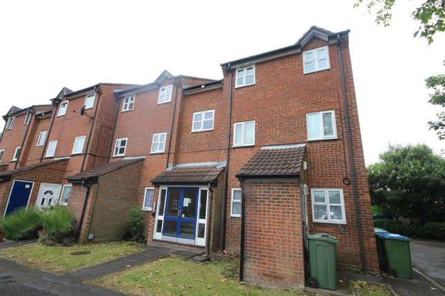 Maisonette for sale in Hunters Court, Yarmouth Gardens, Southampton