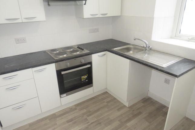 2 bed flat to rent in Llantrisant Road, Graig, Pontypridd CF37