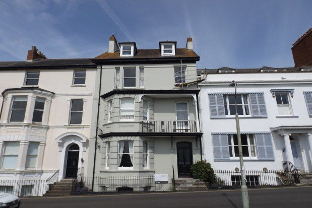 2 bed flat to rent in 9 The Beacon, Exmouth EX8