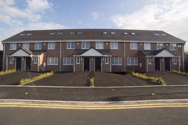 Shared accommodation to rent in Lyme Valley Mews, Newcastle