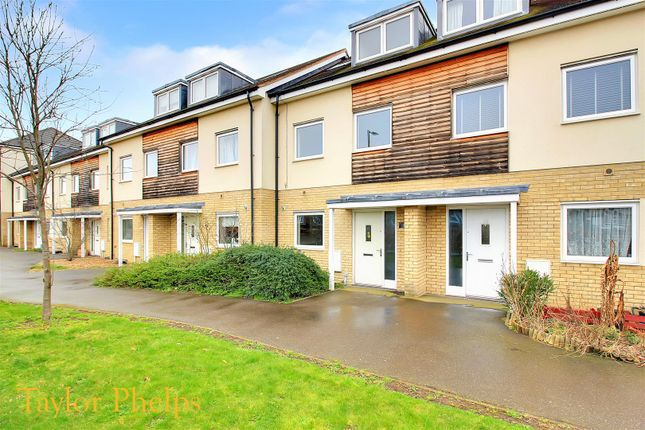 Thumbnail Property to rent in The Cedars, Broxbourne