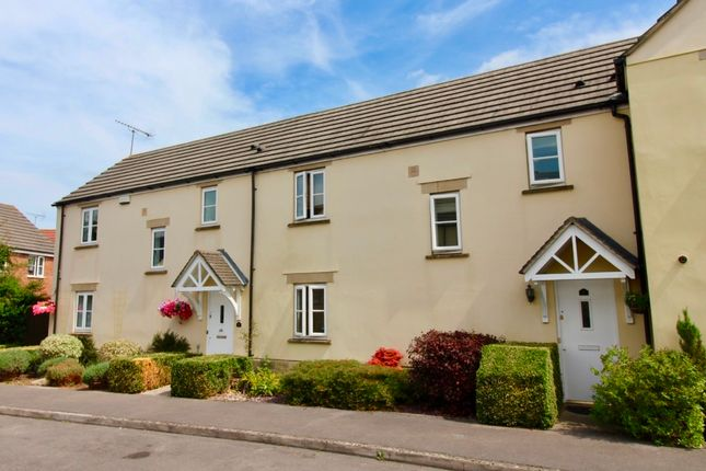 Thumbnail Terraced house for sale in Severn Close, Calne