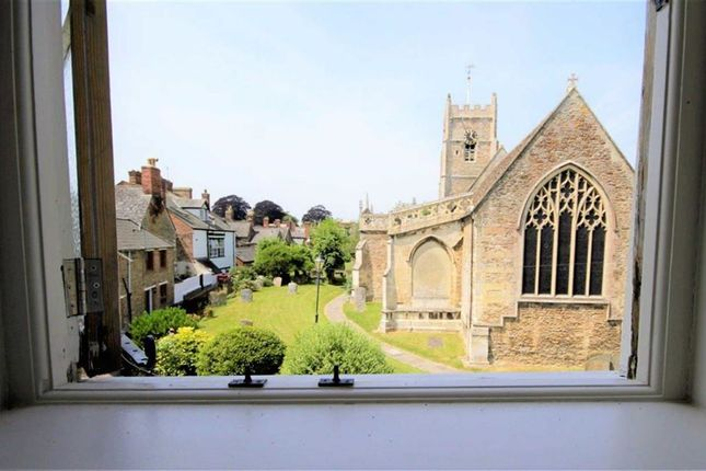 Thumbnail Flat to rent in The High Street, Highworth, Wiltshire