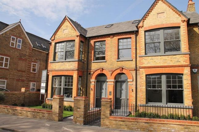 Thumbnail Flat for sale in St. Leonards Road, Windsor