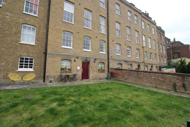 1 bed flat for sale in Robertson Villas, Nags Head Lane, Rochester, Kent ME1