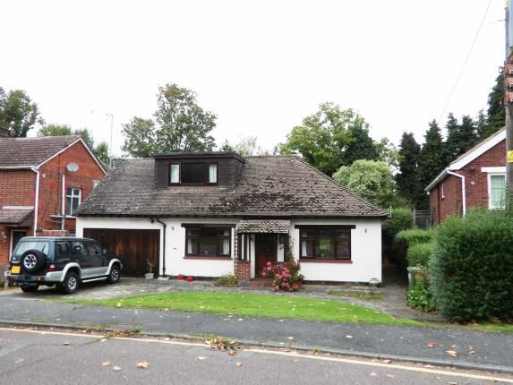 Thumbnail Bungalow for sale in West Park Avenue, Billericay