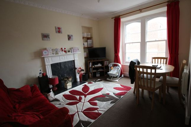 Flat 2 Lounge of Northfield Road, Ilfracombe EX34