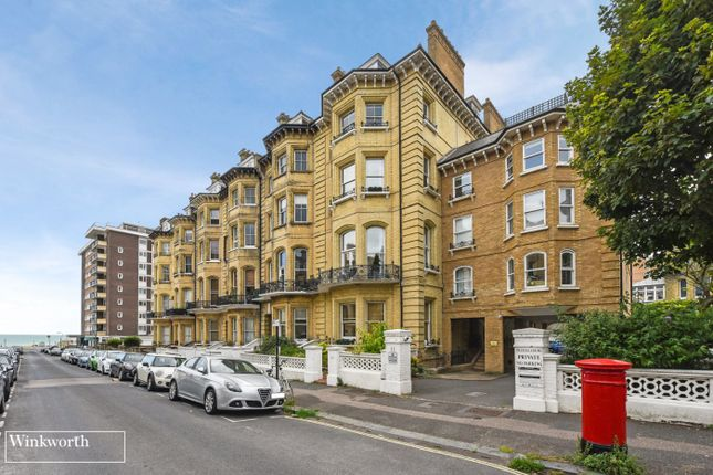 Thumbnail Flat for sale in Princes Court, 11 First Avenue, Hove, East Sussex