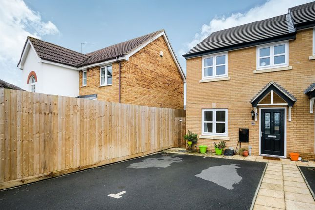 Thumbnail End terrace house for sale in Gardenfield, Higham Ferrers, Rushden