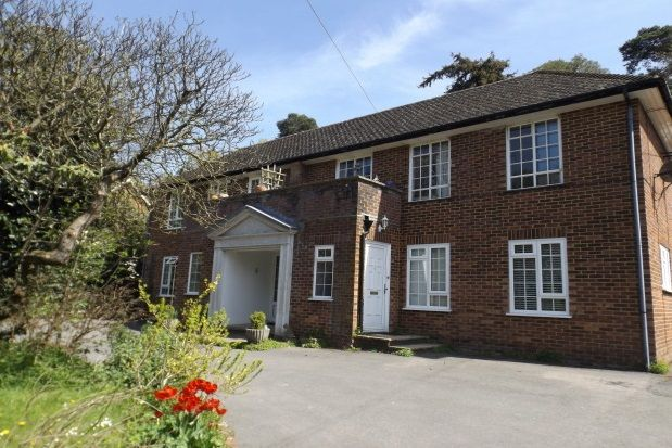 Thumbnail Flat to rent in Grayswood Road, Grayswood, Haslemere