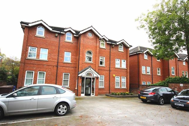 Thumbnail Flat for sale in Niagara Street, Stockport, Cheshire