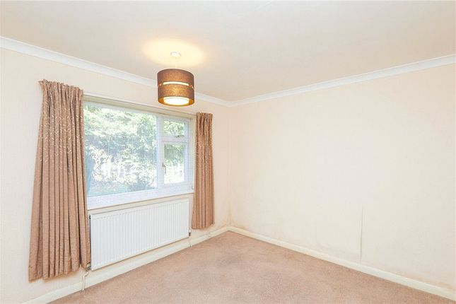 Picture No. 05 of Heath Avenue, Littleover, Derby DE23