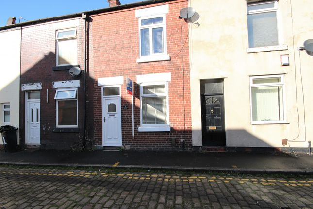 2 bed terraced house to rent in Grosvenor Street, Stockport, Cheshire SK7