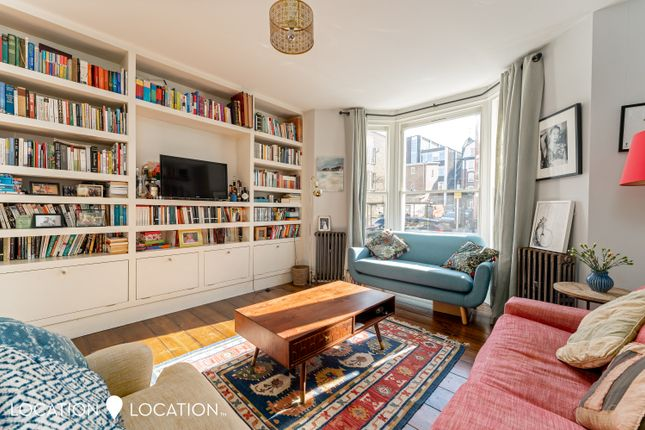 3 bed flat for sale in Graham Road, London E8