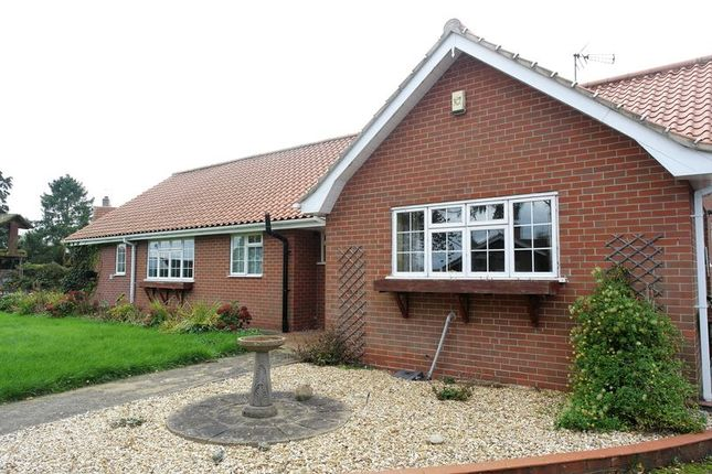 Thumbnail Detached bungalow to rent in Manor Close, Gamston, Retford