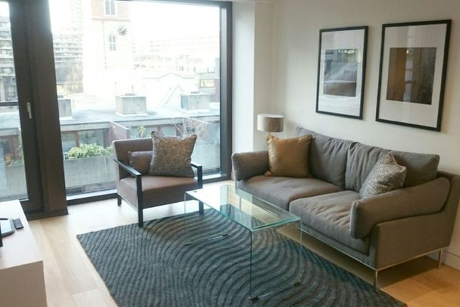 1 bed flat to rent in Wood Street, London EC2Y
