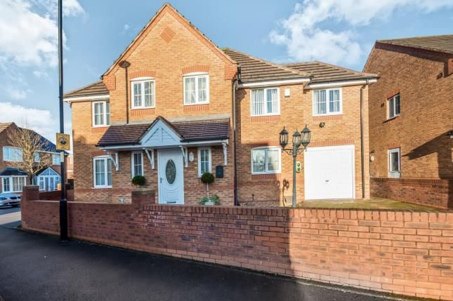 Thumbnail Detached house for sale in Knights Close, Willenhall, West Midlands