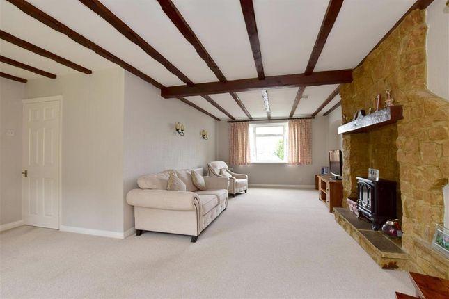 Thumbnail Detached house for sale in Fairfield Crescent, Tonbridge, Kent