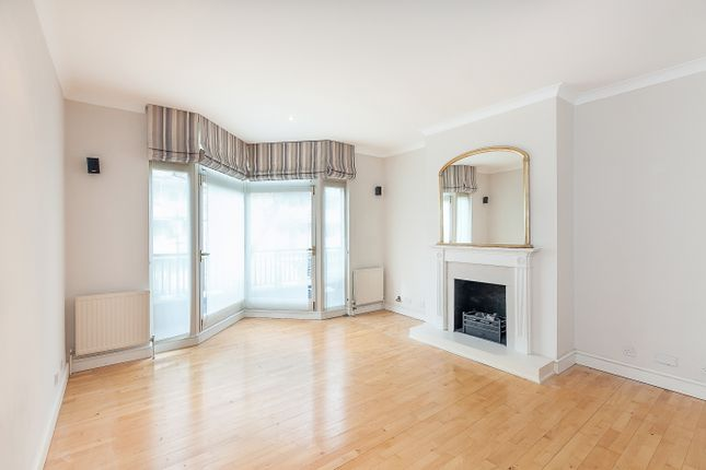 Thumbnail Property to rent in Greens Court, London