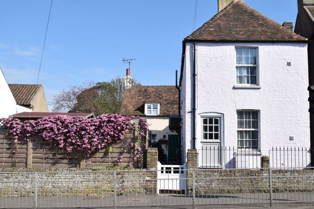 2 bed terraced house for sale in Dover Road, Walmer