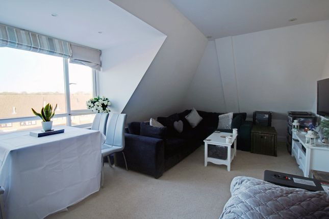 1 bed flat for sale in Vanners Parade, 2 Brewery Lane, Byfleet, Surrey KT14