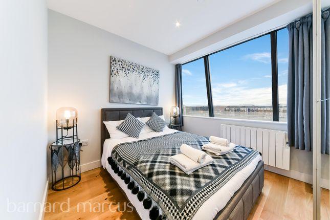 Bedroom of High Street, Feltham TW13